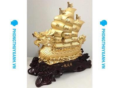 Thuyền buồm phong thủy mạ vàng loại lớn