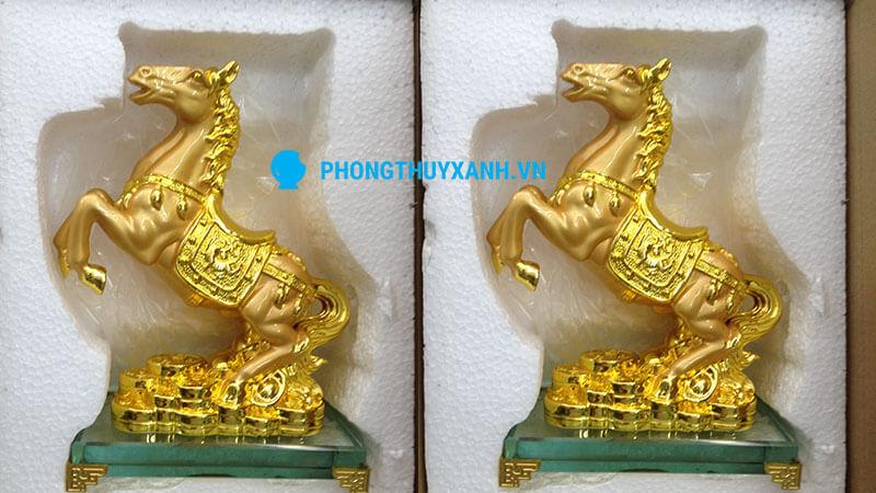 Ngựa phong thủy mạ vàng trung - hộp xốp bảo vệ