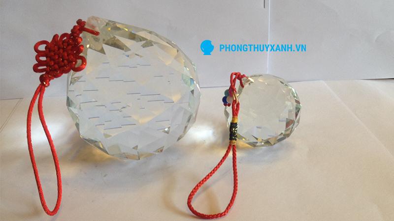Qủa cầu phong thủy treo thủy tinh vát cạnh - đường kính 60 và 100mm
